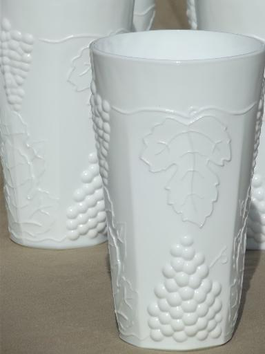Indiana harvest grape milk glass, set of 6 vintage grapes pattern tumblers