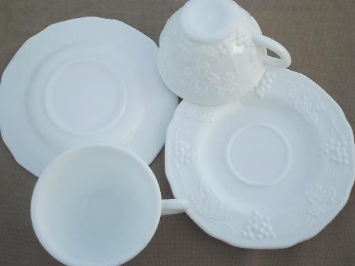 Indiana harvest grapes milk glass cups & saucers, vintage grape pattern milk glass