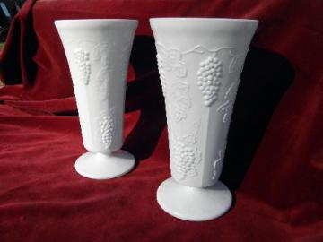 Indiana harvest grapes, vintage grape pattern tall milk glass vases pair