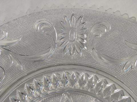 Indiana sandwich daisy pattern cake torte plate, vintage Tiara glass