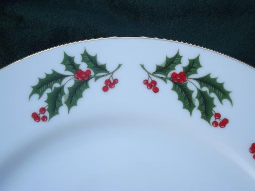 Set Of Christmas Dishes