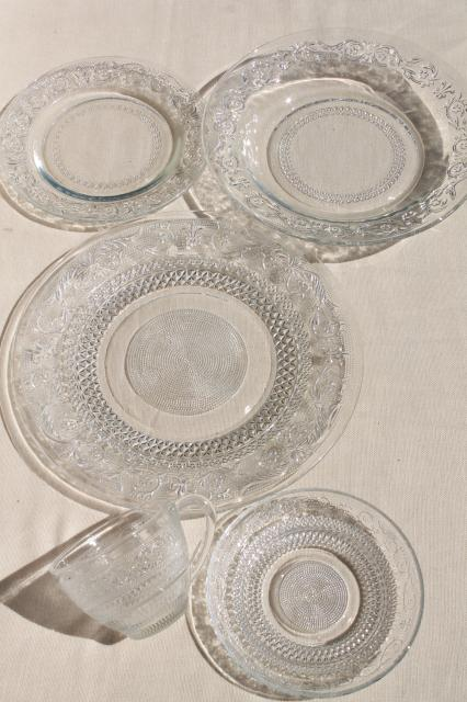 KIG Malaysia sandwich pattern pressed glass dishes crystal clear dinnerware set for 4  sc 1 st  Laurel Leaf Farm & KIG Malaysia sandwich pattern pressed glass dishes crystal clear ...