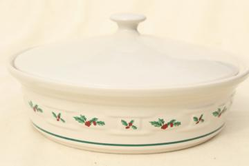 Longaberger Holly Christmas Traditions stoneware pottery, 2 qt covered casserole