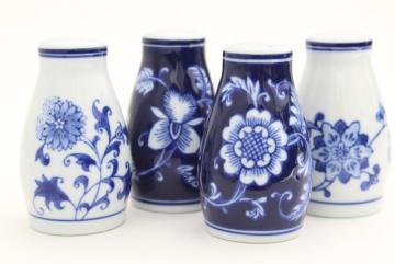 Mandarin Pier 1 blue & white floral china S&P shakers set, Chinese porcelain salt and pepper