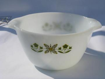 Meadow Green vintage Anchor Hocking Fire King kitchen glass mixing bowl