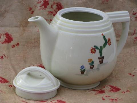 Mexican cactus pattern Dripolator coffee pot, 1940s vintage Hall china