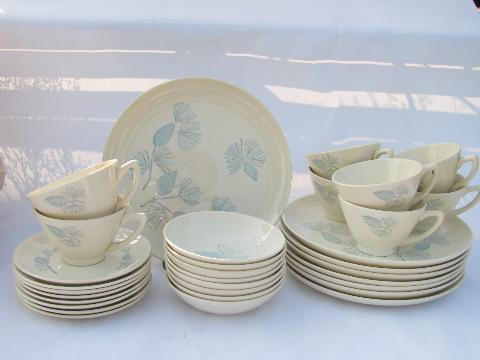 Monmouth blue spruce pine pattern pottery dinnerware for 8 vintage c& or cottage style & Monmouth blue spruce pine pattern pottery dinnerware for 8 vintage ...