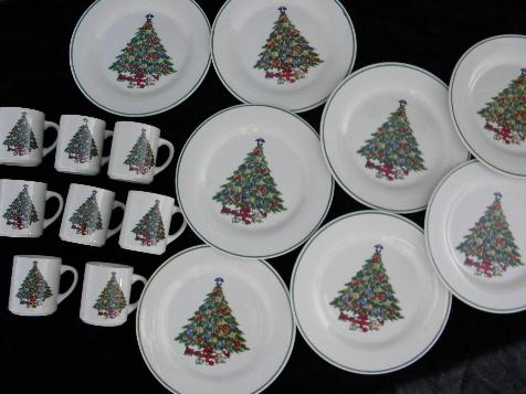 Mount Mt Clemens pottery dinner plates & mugs, Christmas tree china for 8