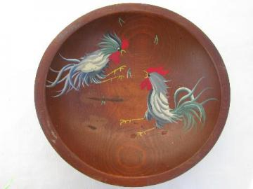 Munising vintage wood salad bowl, hand-painted roosters