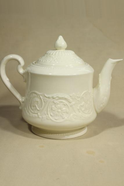 Old Patrician Wedgwood creamware embossed ivory china tea pot, mid-century vintage