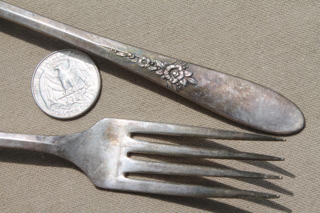 oneida community silver tudor plate fantasy pattern silverware 1940s vintage flatware