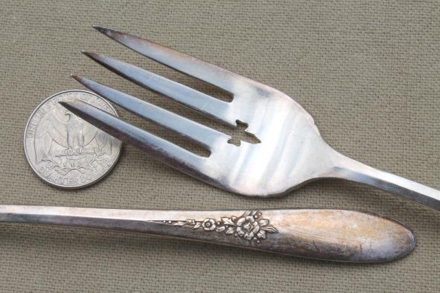 Oneida Community Silver Tudor Plate Fantasy Pattern Silverware