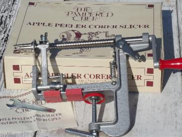 Pampered Chef old-fashioned hand crank apple peeler corer slicer in box