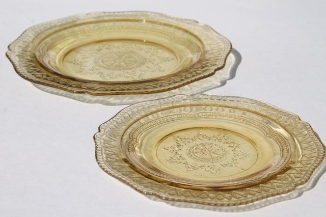 Patrician pattern vintage amber yellow depression glass bread & butter, salad plates