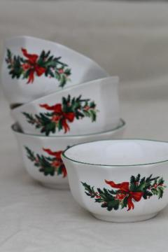 Pfaltzgraff holiday heritage ramekin bowls, Christmas holly & red ribbons