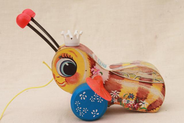 Queen Buzzy Bee 1960s Vintage Fisher Price Wood Pull Toy Cute