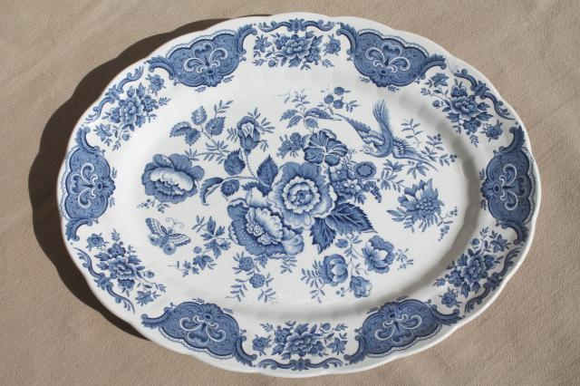 Ridgway Windsor blue \u0026 white vintage china dishes dinnerware set for 8 & Windsor blue \u0026 white vintage china dishes dinnerware set for 8