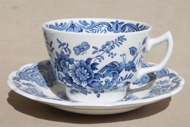 Ridgway Windsor blue \u0026 white vintage china dishes dinnerware set for 8 & Windsor blue \u0026 white vintage china dishes dinnerware set for 8