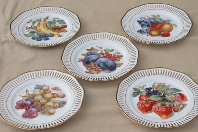 Roslau Winterling Bavaria vintage openwork border ribbon china plates w/ fruit & Roslau Winterling Bavaria vintage openwork border ribbon china ...