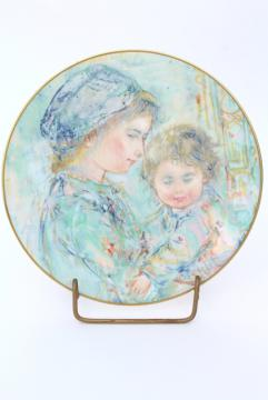 Royal Doulton Colette and Child china plate, 1973 collector's edition