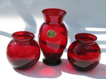 Royal Ruby red vintage Anchor Hocking glass vases lot, orginal label