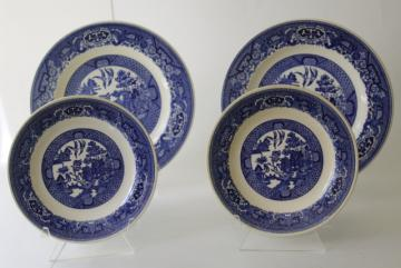 Royal - USA vintage blue willow pattern china, luncheon & salad plates