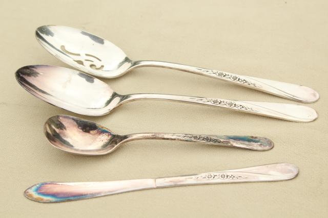 Spring Flower Wm Rogers International Silver plate flatware, estate lot vintage silverware