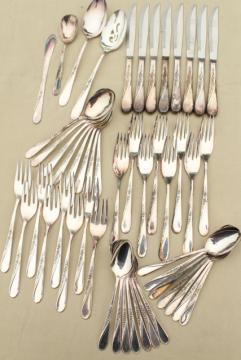 Spring Flower Wm Rogers International Silver plate flatware, estate lot vintage silverware
