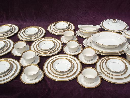 Syracuse china Old Ivory gold encrusted bracelet pattern set for 8