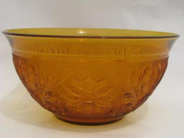 Tiara / Indiana amber glass sandwich daisy pattern salad or punch bowl