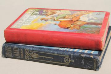 Treasure Island Robert Louis Stevenson old books, vintage editions w/ color illustrations