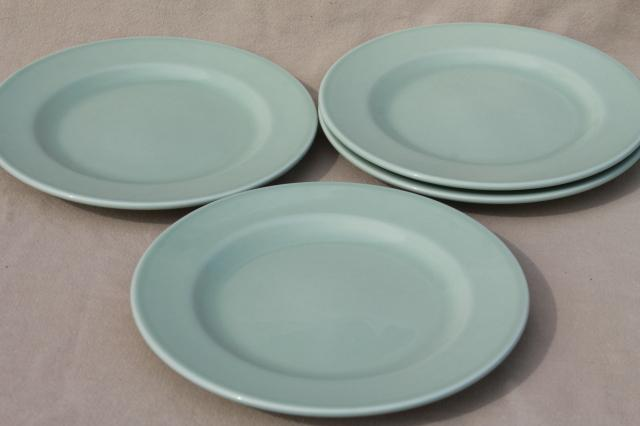 Vista Alegre fine earthenware Portugal pottery plates solid aqua green celadon : dinnerware made in portugal - pezcame.com