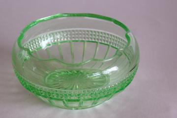 Weatherford Cambridge glass rose bowl vase, 20s 30s uranium green depression glass