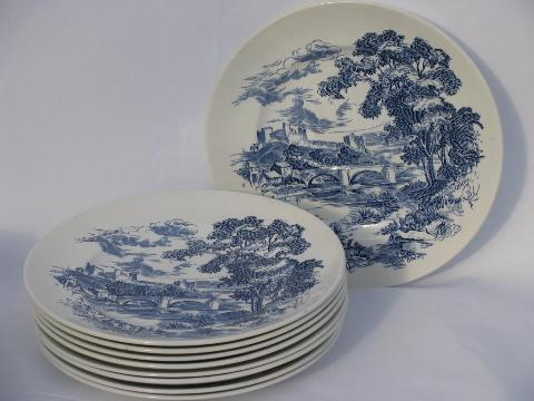 Wedgwood Countryside, large lot of dinner plates, vintage blue/white china