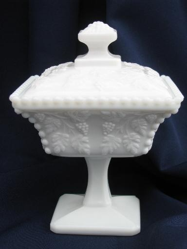 Westmoreland paneled grape square box candy dish, vintage grapes milk glass