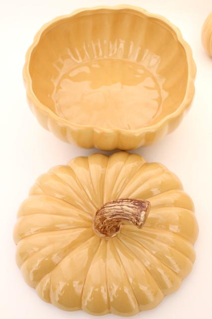 Williams Sonoma fall pumpkin soup tureen & set of 8 covered bowls for Halloween Thanksgiving
