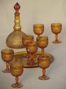 amber glass decanter set goblets & tray, Tiara sandwich daisy pattern