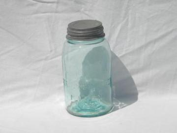 antique 1 qt aqua Atlas Strong Shoulder Mason jar, wrinkled glass