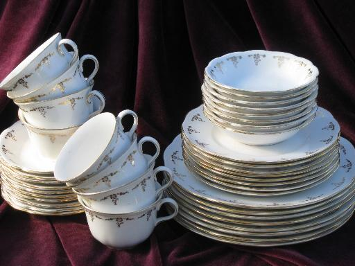 antique Angelus Homer Laughlin china plates bowls cups and saucers for 8 & antique Angelus Homer Laughlin china plates bowls cups and ...