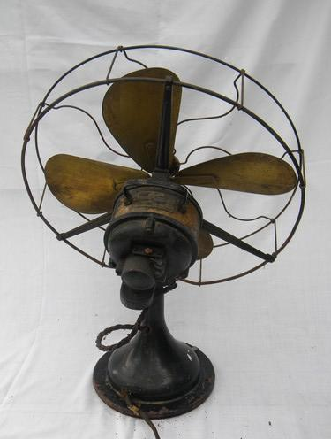 Working 1914 Century 11 Brass Blade Steel Cage Made in USA Fan