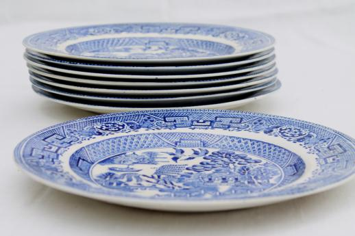antique English Staffordshire china blue willow pattern dinner plates set of 8 & antique English Staffordshire china blue willow pattern dinner ...