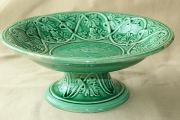 antique Etruscan majolica pottery compote dessert stand, green vines love conquers all motif