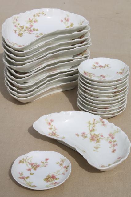 antique Haviland Limoges china butter pats \u0026 crescent shape side plates plates for 12 & antique Haviland Limoges china butter pats \u0026 crescent shape side ...
