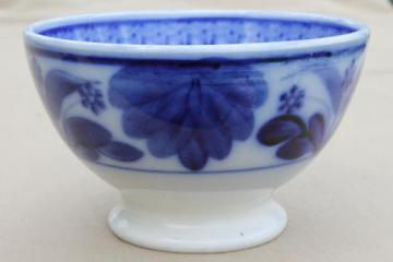 antique Maastricht Holland cafe au lait bowl, Delft flow blue & white china