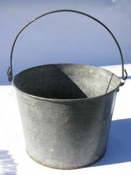 antique auto / farm machinery axel grease pail, early Standard Oil vintage
