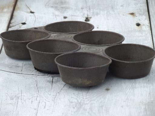 Antique Baking Tins Primitive Old Tinned Steel Cake Molds