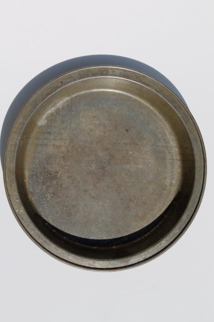 Antique Baking Tins Vintage Tinned Steel Pie Pan Amp Cake