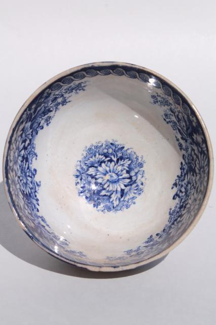 antique blue & white china cafe au lait bowl, Bonn Germany chrysanthemum daisy pattern