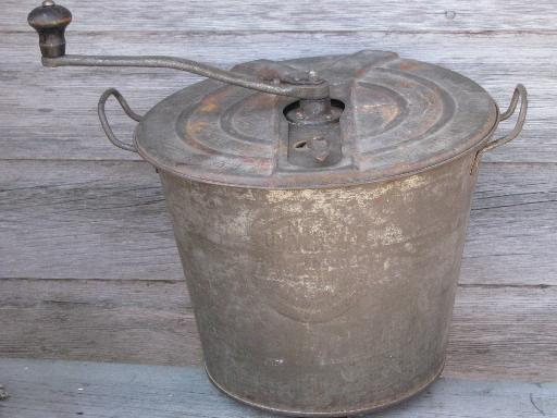 antique bread maker, hand crank dough rising bucket, 1905 Universal #4