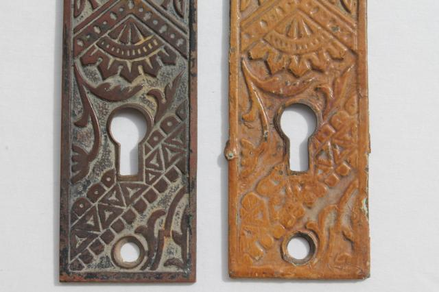 antique bronze door escutcheon plates vintage door knob hardware for skeleton keys - Vintage Door Knobs